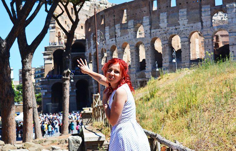 Colosseumul - amfiteatrul antic din Roma