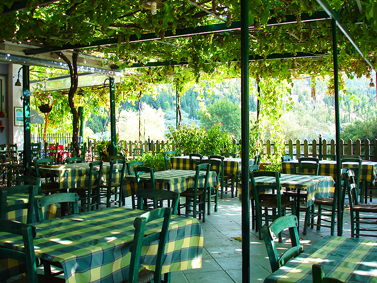 Sesoula Taverna – a great place to eat in Lefkada