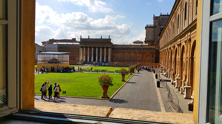 The Pinecone Courtyard, Vatican, Rome, Holiday and Trips