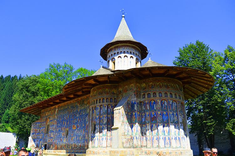 Manastirea Voronet, Capela Sixtina a Estului – un albastru infinit