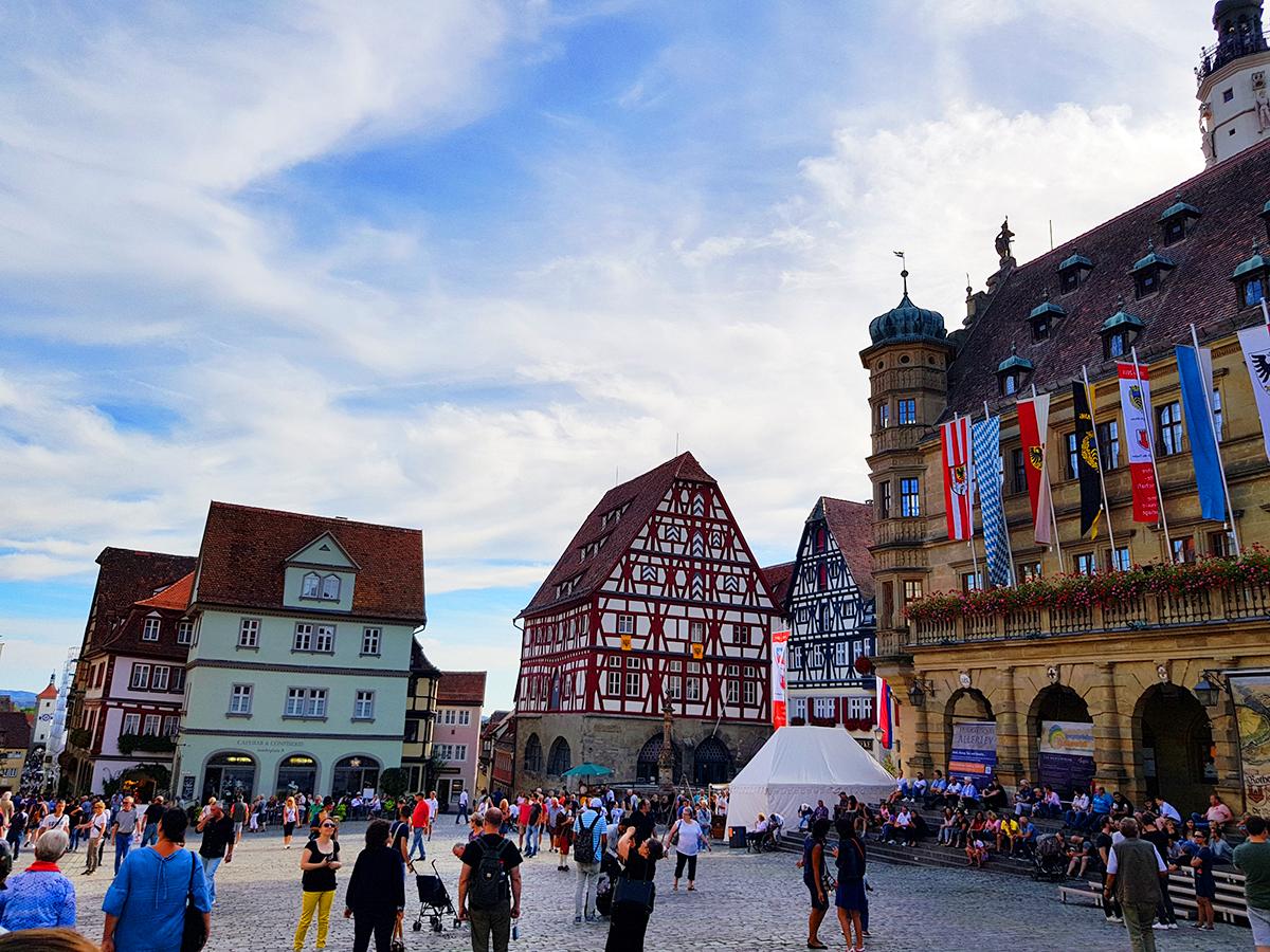 Rothenburg ob der Tauber - orasul Craciunului si al legendelor medievale