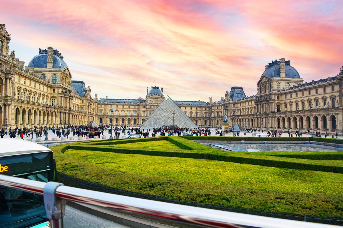 Louvre Museum, Paris – the world's greatest art museum