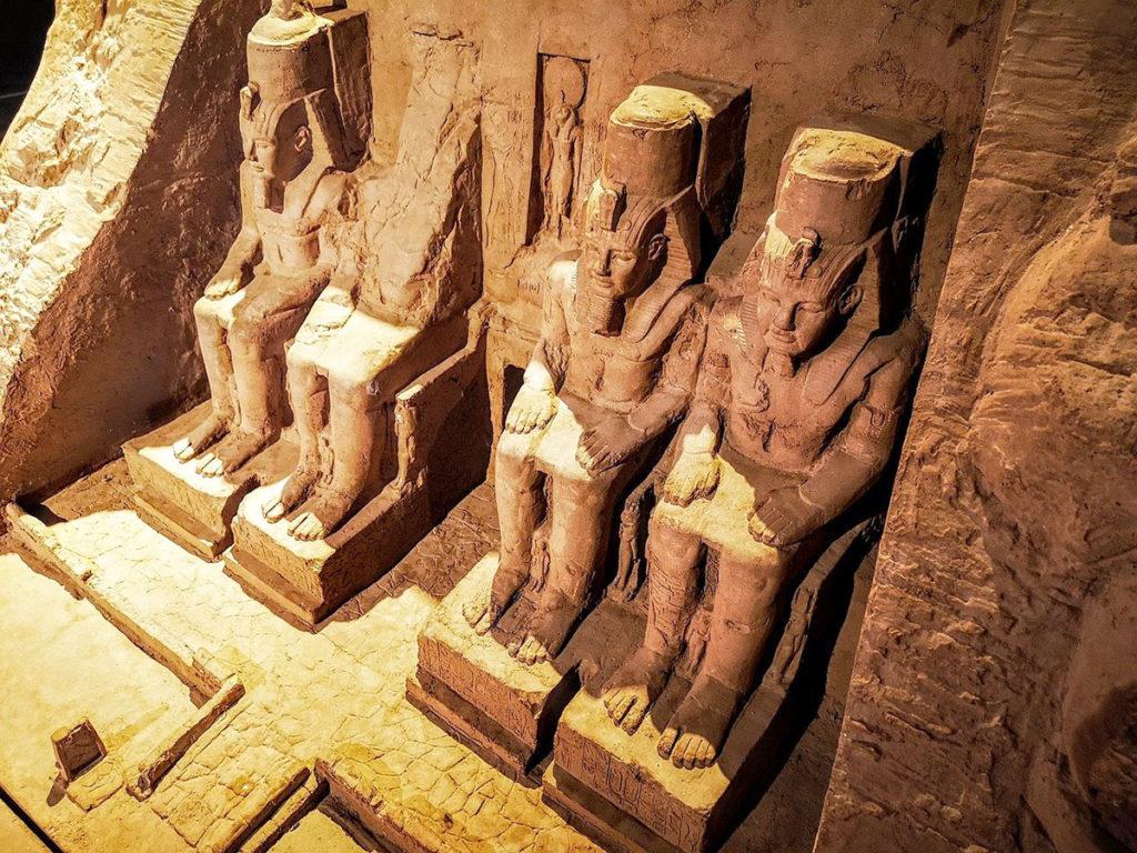 abu-simbel-grand-temple-egypt