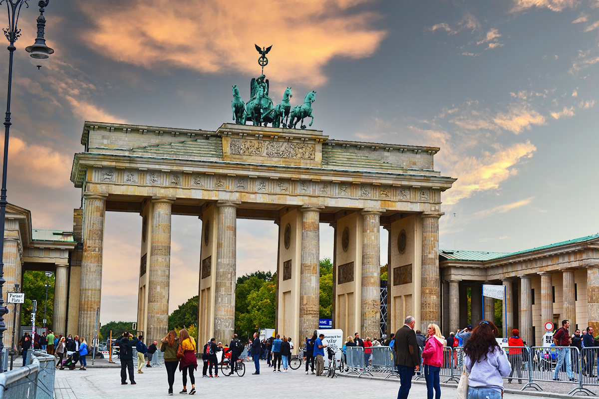 Brandenburg Gate – The sensational monument of unity and peace