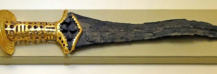 Malia Bronze Dagger – an exceptional Minoan weapon