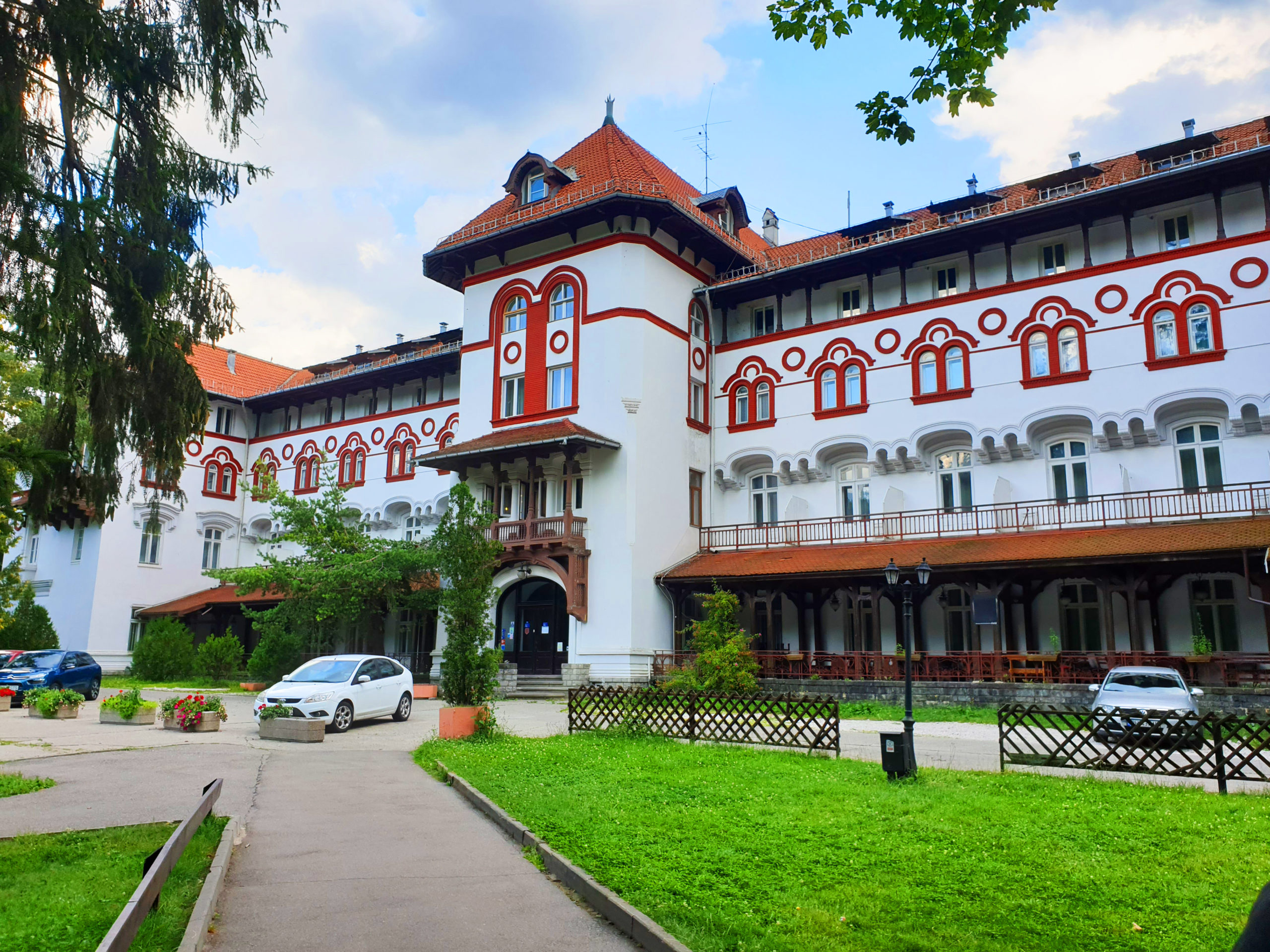 Hotel Caraiman, Parcul Dimitrie Ghica, Sinaia