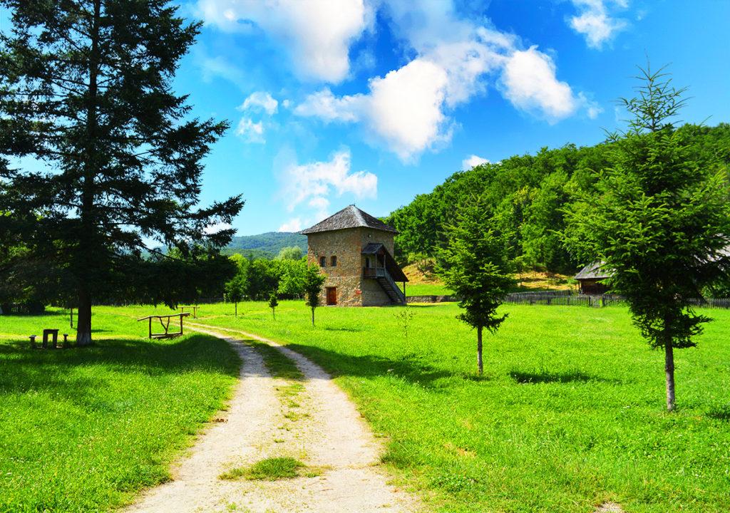Muzeul Satului Valcean Cula Bujoreanu