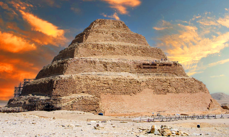 Piramida in trepte a lui DjoserSakkara_Egipt
