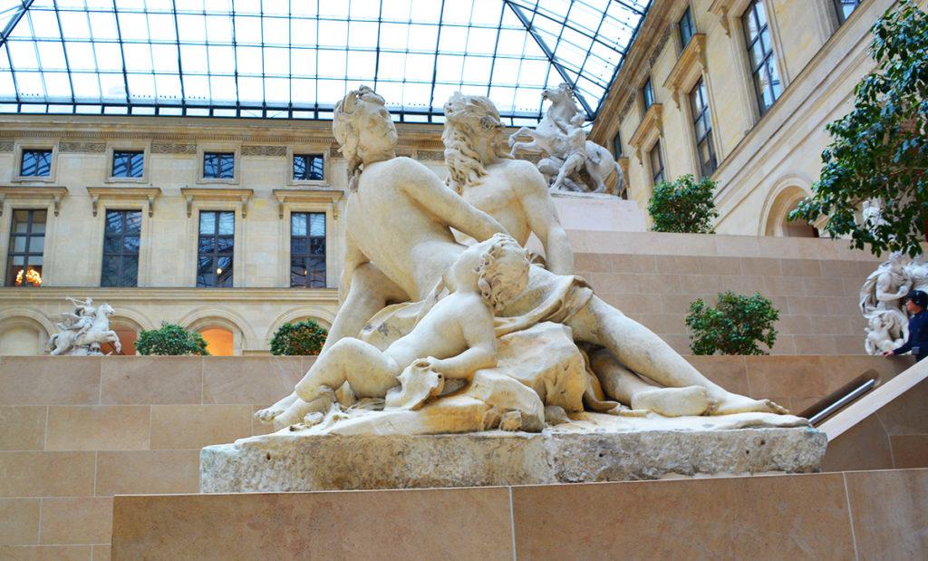 sculptures, louvre