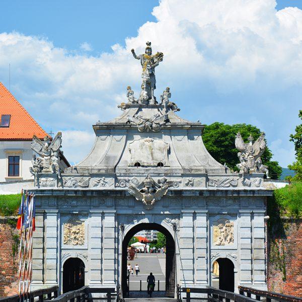Poarta a III a – cea mai mare poarta a cetatii Alba Carolina