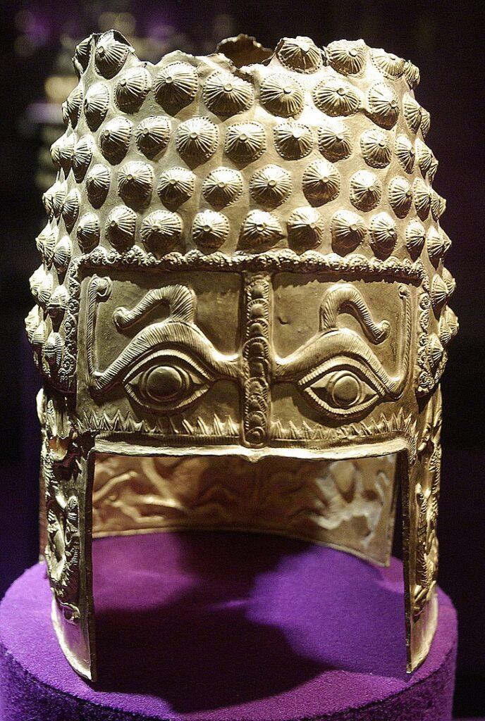 Helmet_of_Cotofenesti